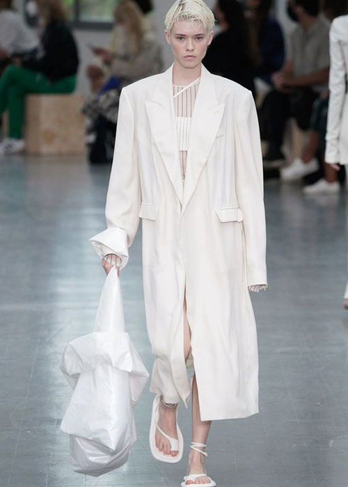 белая униформа
