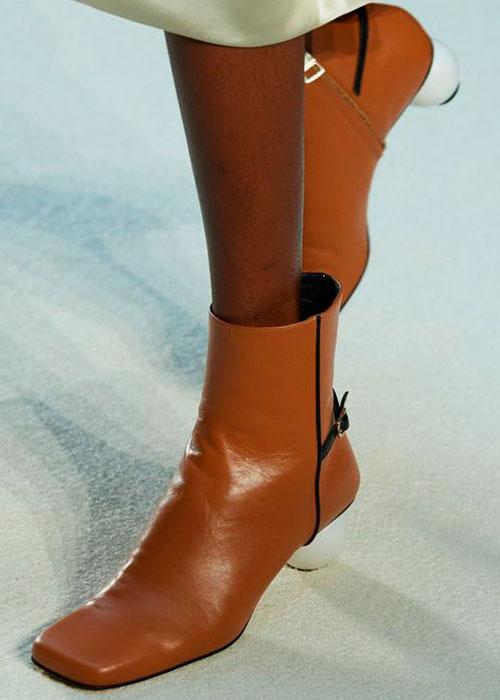 ботинки с квадратным носком
