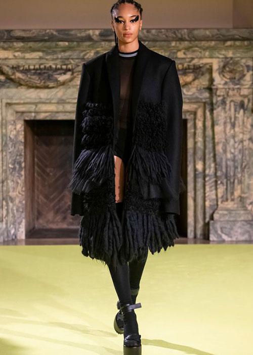 пальто Vera Wang